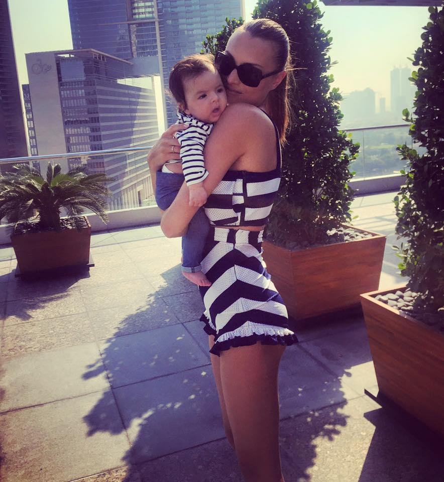 Alina Nine și bebelușul ei