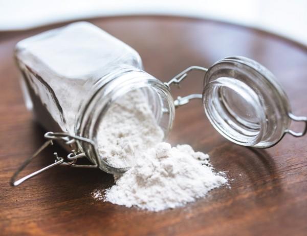 Bicarbonatul de sodiu are numeroase beneficii în bucătărie, gospodărie, cosmetică și afecțiuni medicale