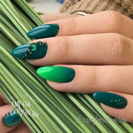 Gel unghii verde